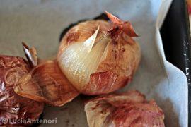cipolle al forno contorno vegetariano