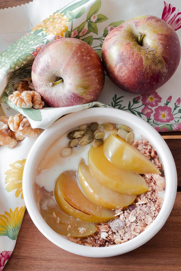 coppa di mele e yogurt anti stitichezza